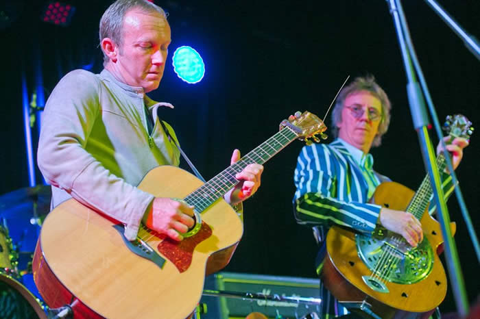 Steve Cradock       Paul Weller